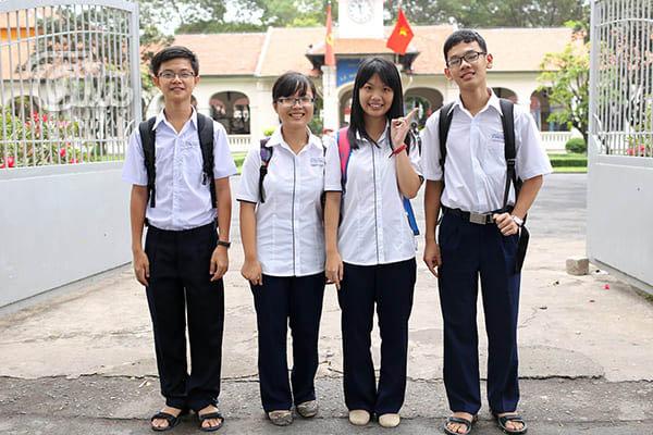Xưởng may đồng phục học sinh