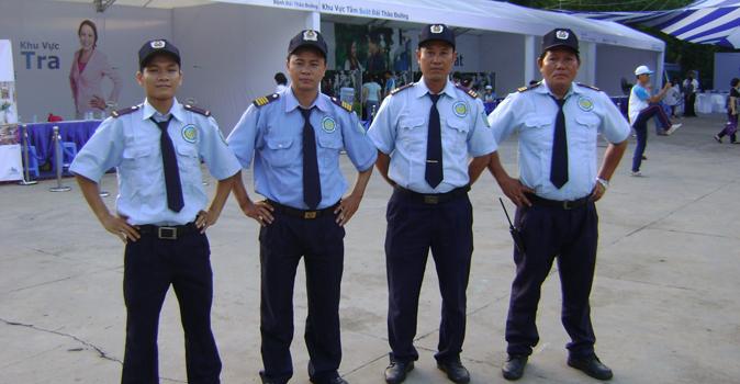 Đồng phục bảo hệ sơ mi tay ngắn màu xanh ngọc